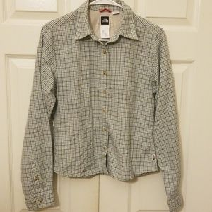 The North Face Long Sleeve Button Down Size Small